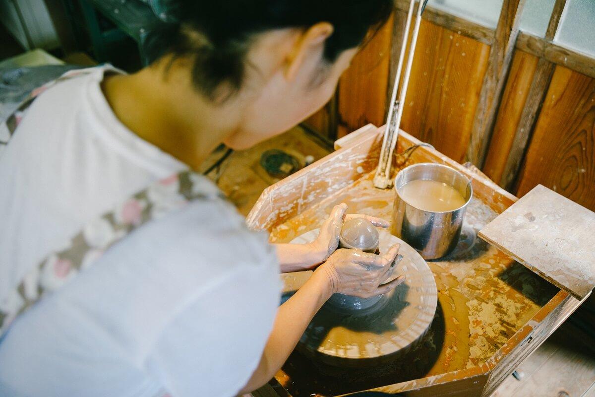 【お知らせ】4月の陶芸教室のご案内